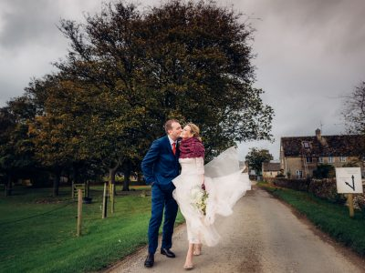 Oxleaze Barn wedding