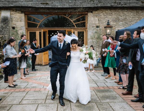 Oxleaze Barn spring wedding